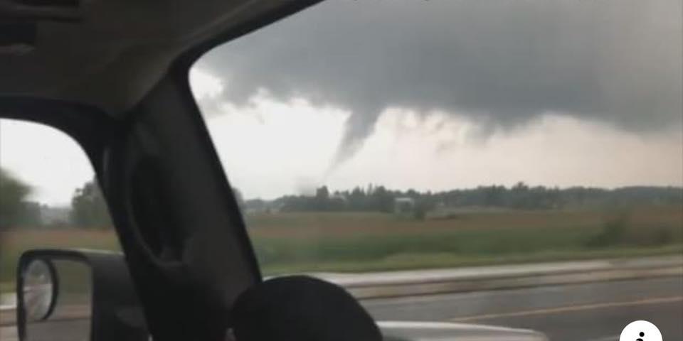 صورة انخفاض قوة الإعصار في وسط أونتاريو