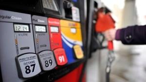 Photo of انخفاض اسعار الغاز 13 سنتاً في 13 يوماً