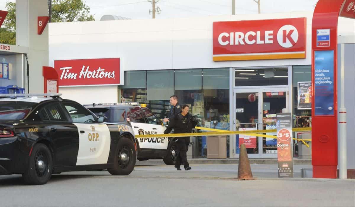 Photo of قتيل واحد وضابطان مصابان إثر إطلاق نار في أونتاريو