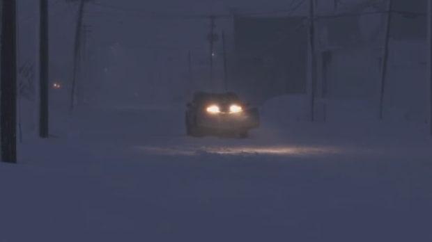 صورة تساقط #الثلوج والرياح في معظم أنحاء #كندا الأطلسية يؤدي إلى انقطاع #الكهرباء