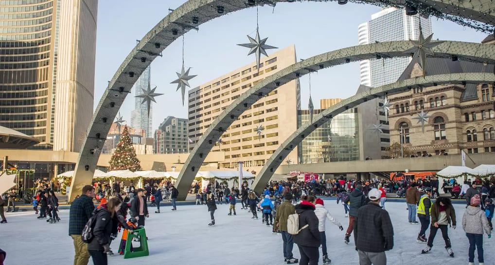 Photo of #تورنتو – افتتاح حلبات #التزلج المجانية في الهواء الطلق