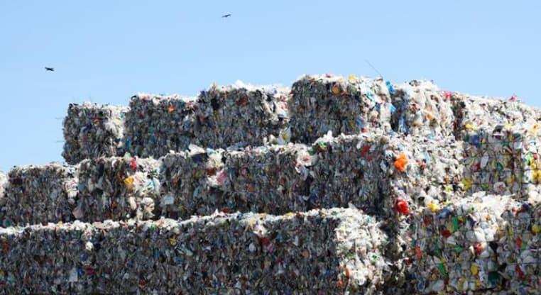 Photo of #ألمانيا تعلن أنها فارغة من #القمامة وتفتح الباب لإستيراد القمامة من الخارج