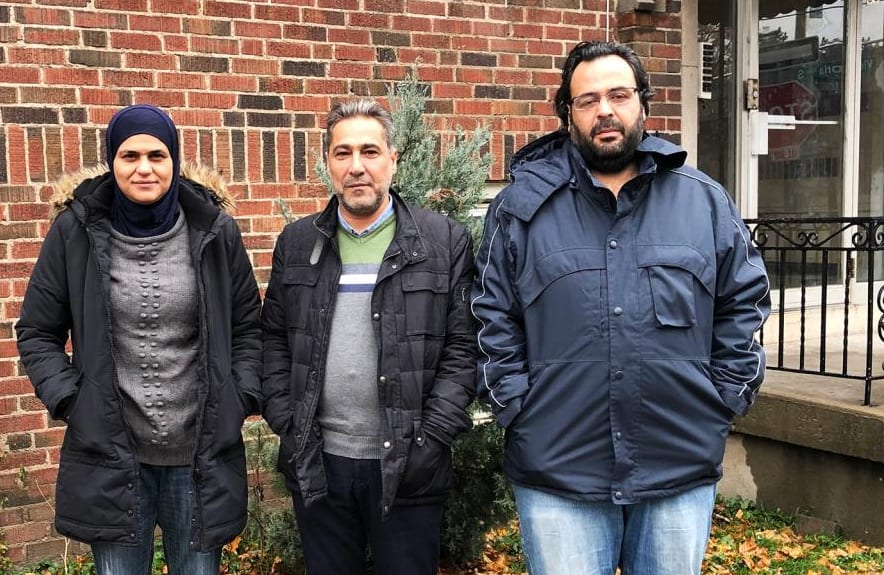 Photo of #الخوذ_البيضاء بعد توطينهم بـ #كندا .. ذاكرة مدججة بصور الموت