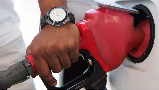 "Photo of أسعار #البنزين تواجه ""تقلبات شديدة"" في #كندا"