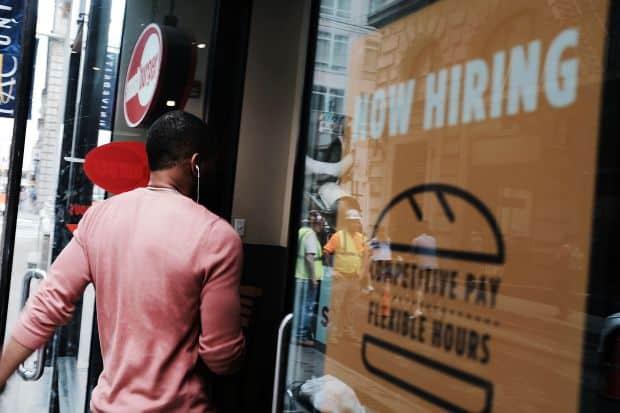 Photo of معدل #البطالة #للمهاجرين إلى #كندا عند أدنى مستوى منذ سنوات