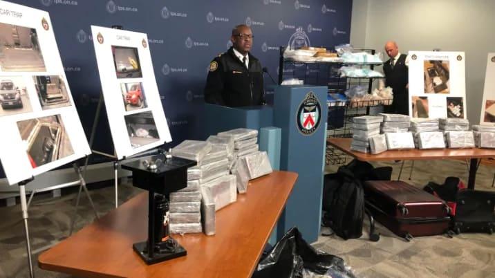 """صورة شرطة #تورونتو تضبط 68 كغ من #الكوكايين تم تهريبه في """"فخ المصائد"""""""