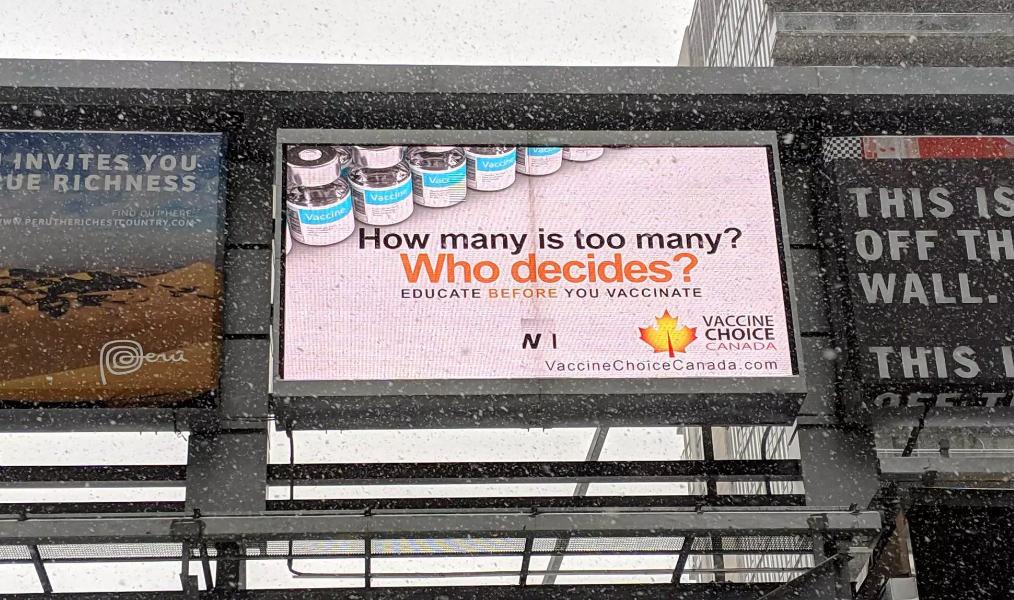 انتشار #اللوحات الإعلانية المضادة لـ #لقاحات في #تورنتو