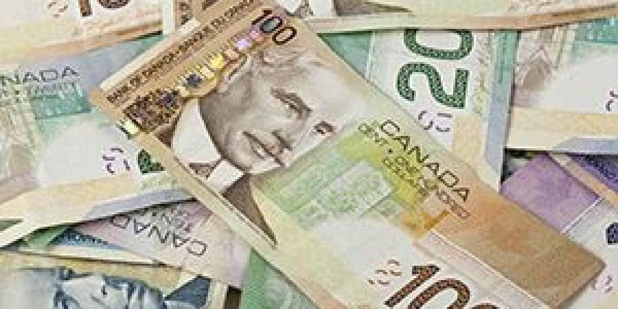 الدولار الكندي يرتفع لليوم الثاني قبيل بيانات التضخم الرئيسية فى كندا