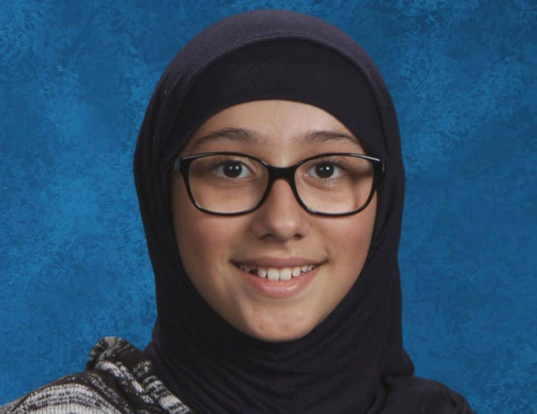 فتاة تبلغ من العمر 12 عامًا مفقودة ، وربما اختطفها والدها