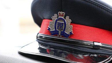 صورة شرطة بيل الإقليمية تستجيب عقب الإبلاغ عن رؤية سكين في إحدى مشاجرات الطريق