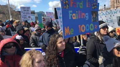 Photo of النّقاد والعائلات يقولون أن برنامج التّوحد التابع لحكومة أونتاريو غير كافي.