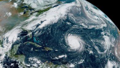صورة إعصار تيدي لا يزال في طريقه إلى كندا الأطلسية ، ومن المتوقع أن يكون بشكل عاصفة استوائية