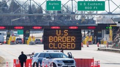 صورة ستبقى الحدود الكندية – الأميريكية مغلقة حتى تاريخ 21 أكتوبر.