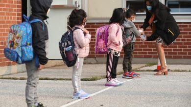 صورة 7 من مجالس مدارس مقاطعة تورنتو يبلغون عن إصابات بفيروس كورونا بالتزامن مع عودة الأطفال للمدارس
